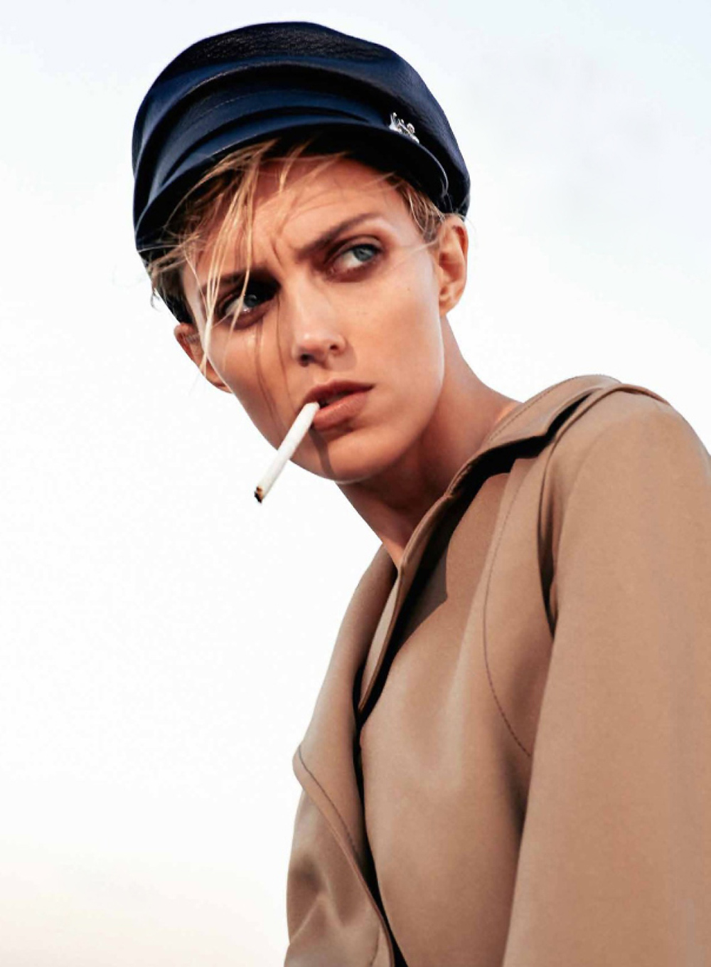 anja-rubik-collier-schorr-flair-magazine-13-october-Oracle-Fox-1