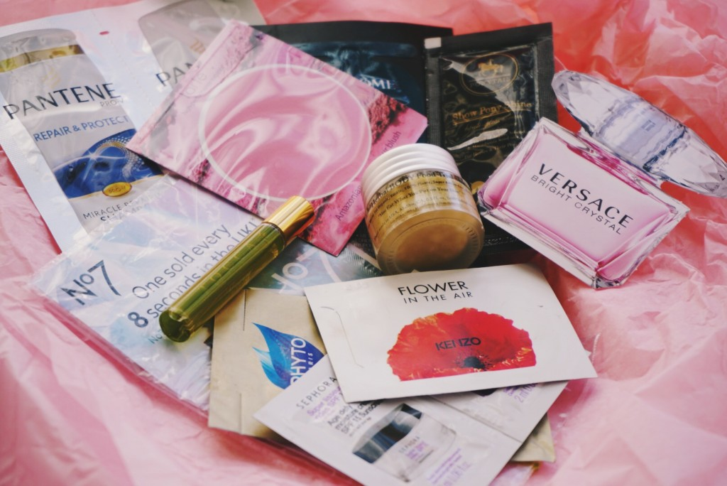 Deluxe Beauty Box Giveaway, Samples ellekae