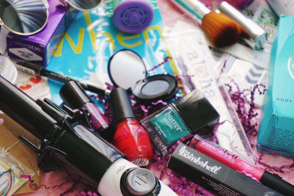 Deluxe Beauty Box Giveaway, full sized ellekae